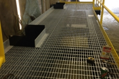 Galvanized-grating-with-toe-guard-and-cut-outs