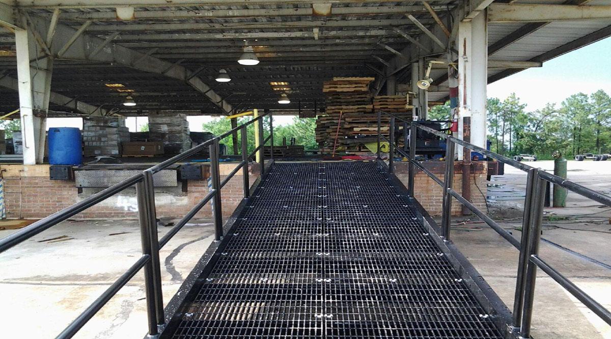 Industrial Fork Truck Ramp