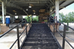 UPS-forktruck-ramp-3